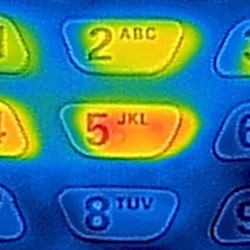 NEW: Infrared cell phone steals your ATM PIN code